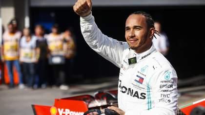 Льюис Хэмилтон хочет рекордную заплату в Формуле-1: названа сумма