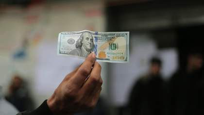 Из-за падения доллара бюджет Украины потерял 2 миллиарда гривен