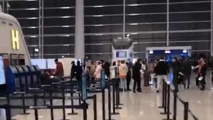 Эвакуация из Уханя началась – люди проходят регистрацию: фото