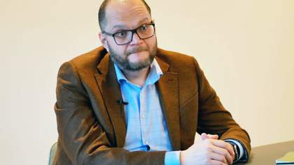 Бородянский прокомментировал консультации работников 112 канала на канале для ОРДЛО