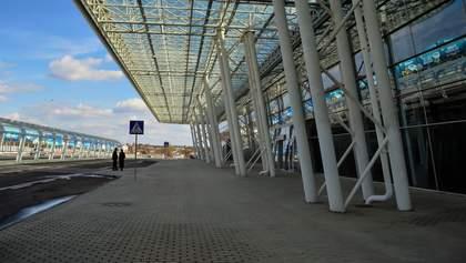 """Радуцький пояснив, що місце приземлення літака з Китаю не афішувалося через """"політичні сили"""""""