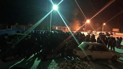 У Казахстані масові протести проти госпіталізації хворих коронавірусом: відео