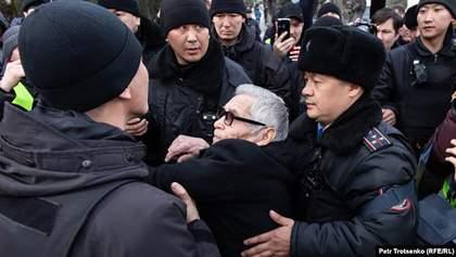 Масові протести опозиції у Казахстані: затримано вже понад 100 людей – фото, відео