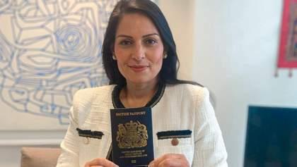 Последствия Brexit: в Британии введут новые паспорта