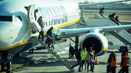 Коронавірус у Європі: лоукостер Ryanair заявив про скасування рейсів до Італії