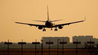 У Росії літак із 167 пасажирами екстрено сів у Хабаровську: відома причина