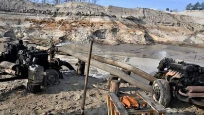 Летом в Украине будут искать нелегальных добытчиков янтаря: как это будут делать