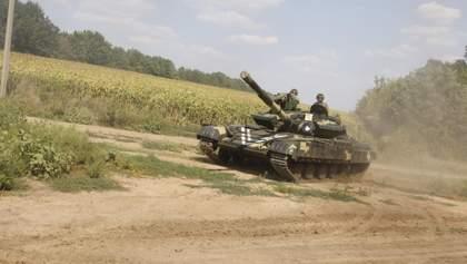 В Украине разделили полномочия главнокомандующего ВСУ и начальника Генштаба