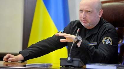 Хто прикривав анексію Криму: заява Турчинова