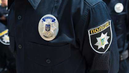 В Одесі троє поліцейських викрали жінку просто біля відділку