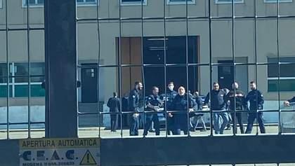 Через коронавірус у тюрмах Італії бунти: 6 в'язнів загинули