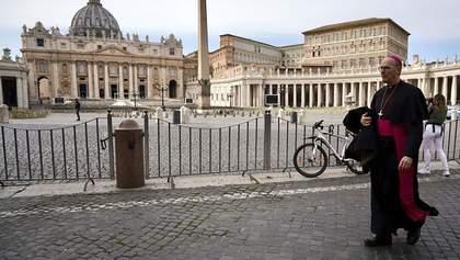 Великдень у Ватикані святкуватимуть без вірян: Папа зачитає молитву онлайн