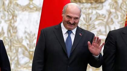 Нехай там і сидять: Лукашенко не хоче евакуювати білорусів з-за кордону – відео