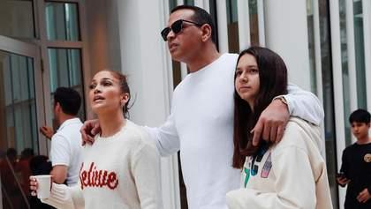 Дженніфер Лопес показала родинні розваги у час карантину: відео