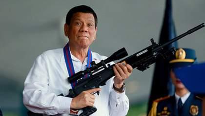 Президент Філіппін дозволив поліції стріляти у порушників карантину