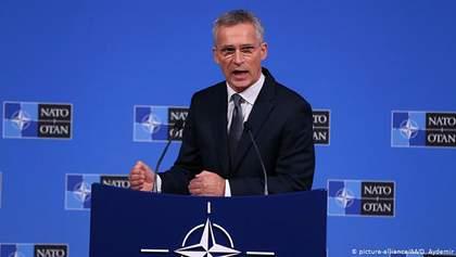 В НАТО призвали Россию прекратить обстрелы на Донбассе и поддержку боевиков
