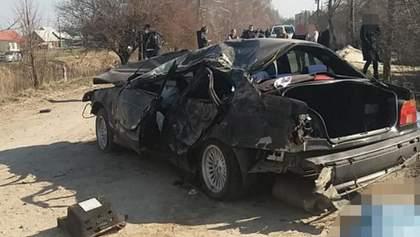 Ще одна смертельна ДТП з поліцейськими: двоє загиблих, лейтенант у лікарні