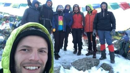 Украинские туристы застряли в Непале и просят о помощи: готовы вылететь за собственные деньги