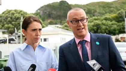 Міністра охорони здоров'я Нової Зеландії покарали за порушення карантину
