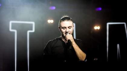 """Лідер гурту """"Антитіла"""" Тарас Тополя долучився до кампанії МОЗ #ПідтримуюЛікарів: відео"""