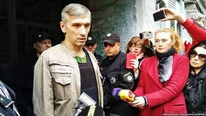 Саботаж чи недбалість: чому Генпрокуратура перешкоджає, аби куля з тіла Михайлика стала доказом?
