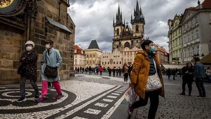 Через карантин у Чехії сім'ям видають 13 тисяч крон, ФОПам – 25 тисяч
