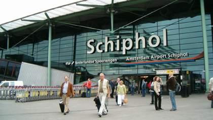 Нідерланди відновили авіарейси з країнами, які найбільше страждають від коронавірусу
