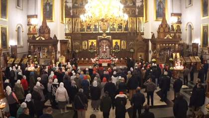 Натовп у Святогірській лаврі: що буде з відвідувачами богослужіння