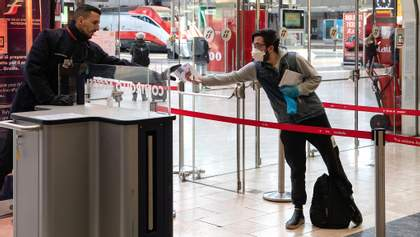 Влада Австрії послаблює карантин: запрацюють супермаркети, школи, ресторани та церкви