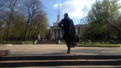 Лист з Луганська: кому епідемія, кому мати рідна