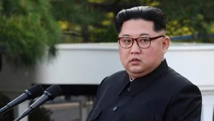 Китай направив медиків до КНДР для консультацій Кім Чен Ина