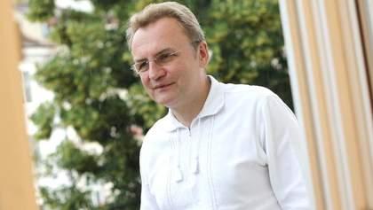 У Львові скоротять штат міськради, щоб виплатити зарплати вчителям, – Садовий