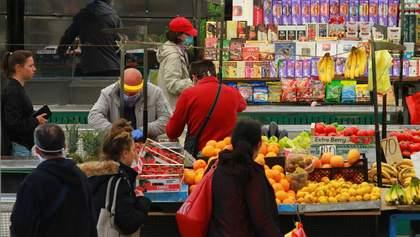 В Сербии ослабили карантин: начали работать рынки, парикмахерские и тренажерные залы