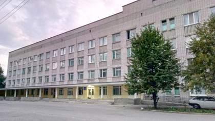 У Кременчуці на карантин закрили лікарню – там зафіксували сплеск коронавірусу серед медиків