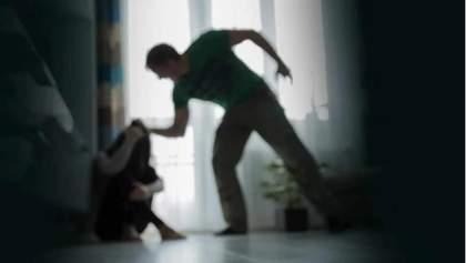 Українки не захищені від домашнього насильства: страшні цифри та що з цим робити?