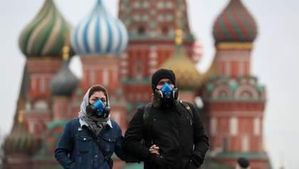 Почти 100 тысяч больных: в Москве наконец додумались ввести масочный режим