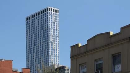 Хмарочос з хвилястим фасадом: фото житлової багатоповерхівки в Нью-Йорку
