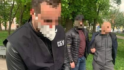 Торгував землею: депутата на Полтавщині затримали на хабарі на суму 160 тисяч доларів