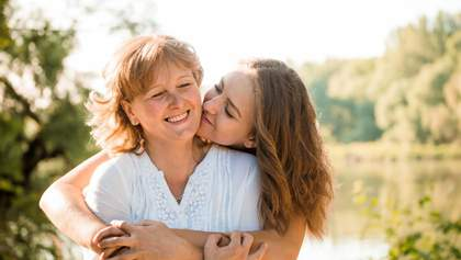 6 способів налагодити напружені стосунки зі своєю мамою