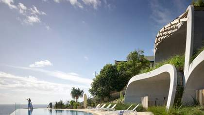 Головна функція – розваги: в Австралії побудували креативну резиденцію в пагорбі: фото