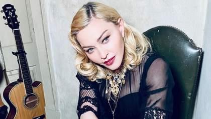 61-летняя Мадонна показала свое тело в белье: пикантные фото
