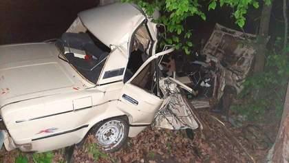 Трагічна ДТП під Києвом: загинули троє молодих людей – фото