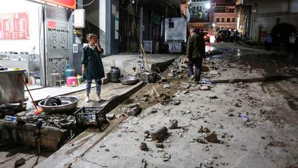 Сильний землетрус стався у Китаї, є жертви: фото, відео