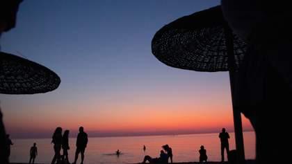 Курорти Румунії на Чорному морі запрацюють вже з 1 червня