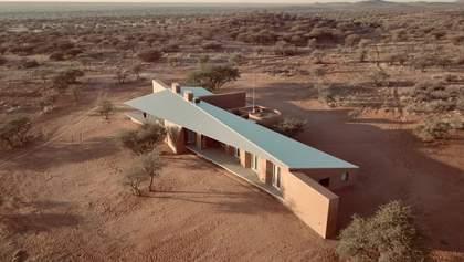 Сучасний будинок посеред пустелі в Намібії – вражаючі фото та відео