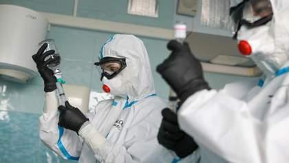 Российских врачей заставляют скрывать количество смертей от коронавируса, – опрос