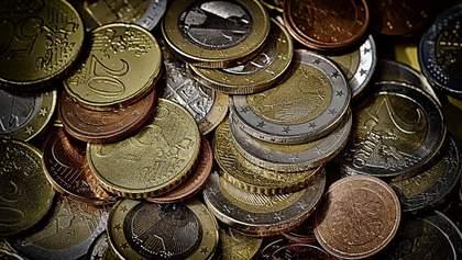 Готівковий курс валют 22 травня: гривня призупинила своє падіння