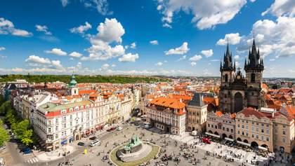 Чехія впускатиме іноземців в країну лише за однієї умови: деталі