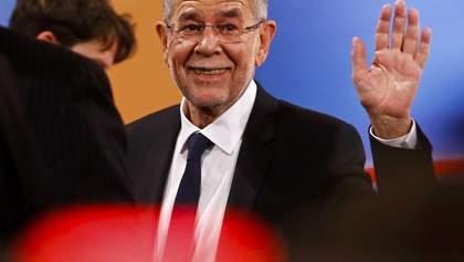 Президента Австрії схопили на порушенні карантину: він сидів у кафе