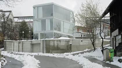 Будинок з однією стіною: цікаве рішення для поділу помешкання на дві частини в Швейцарії: фото